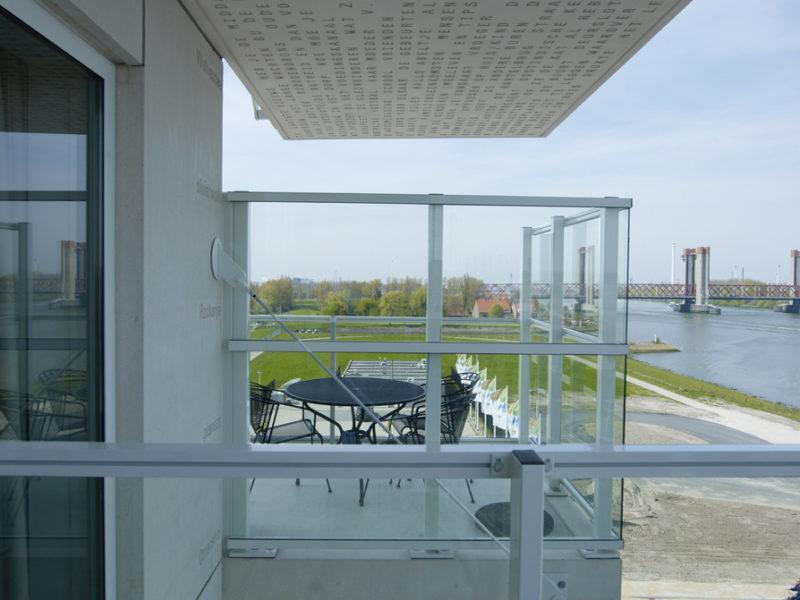 5. SpSp balkon+brug S